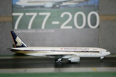 Dragon Wings 1:400 Singapore Airlines Boeing 777-200 9V-SQC (55586) Model Plane