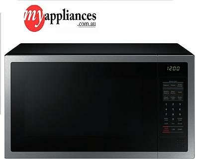 NEW-Samsung ME6104ST 1-28L-1000W-Silver-Microwave