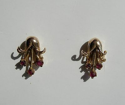 PAIR OF 9ct GOLD ARTICULATED RED STONE SET FUCHSIA FLOWER STUD EARRINGS 1.2g
