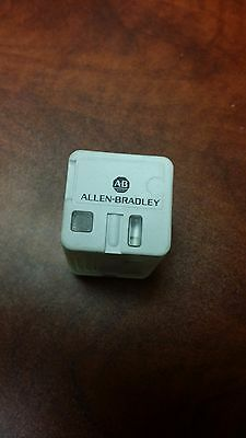 Allen Bradley 700-HB33A1-4 Control Relay Type H Series A - New Out of Box