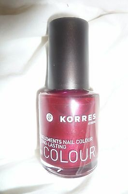 *KORRES* Vernis à ongles neuf ( ruby Red)