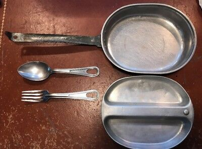 WWII US Military Issue USGI Surplus Mess Kit Pan Plate Spoon Fork MA CO 1945