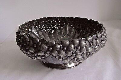 Derby Silver Co Repousse Bowl Antique Silver Plate 1873 -1933 Signed 03177