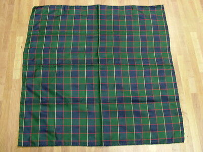Anonymous 100% Silk Made in England Plaid Hand Rolled Pocket Square Green Red
