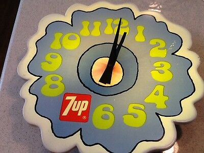 """Vintage Authentic1973 7-Up Soda  PETER MAX Look 17"""" Lighted Clock Sign Electric"""