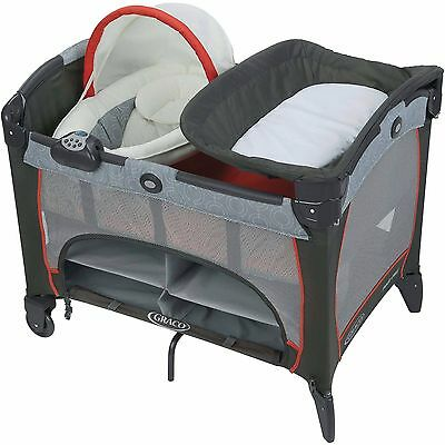 Graco Pack 'n Play Playard with Newborn Napper DLX, Solar
