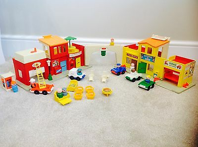 Fisher Price Play Family Village #997 Boxed Play Set Vintage Attic Toys