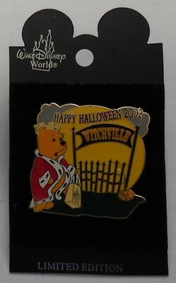 Disney pin WDW Halloween Trick or Treat Series Pooh Pin LE1500
