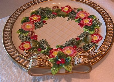 New in Box Fitz & Floyd Classics Christmas Wreath Canape Plate 9 1/4 IN NEW COND