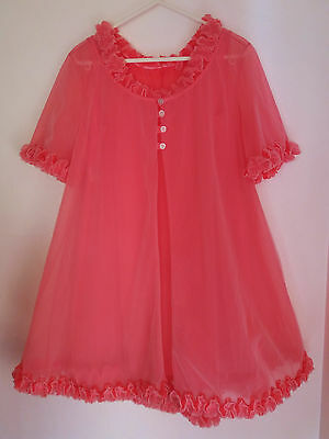 Vintage 1960's Shocking Pink Babydoll Nylon Nightie Negligee Set - Double Layer