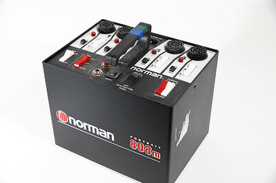 Norman P808M Power Pack with 2 LH500 Flash Heads, Reflectors And Sync Cord.