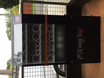 Vending Machine RARE & in Great Condition