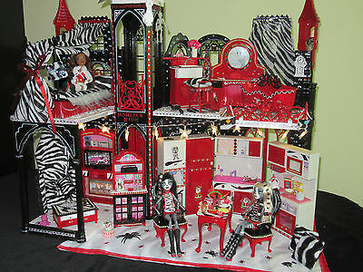 Monster High Schloss Meowlody& Purresphone LED Barbie Villa Unikat