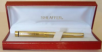 Sheaffer Targa Fountain Pen, 1005, Gold Plated, Fluted, Gold Nib. Excellent.