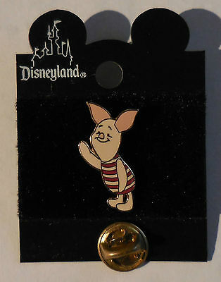 Disney Pin DLR Cast Member Lanyard Series Piglet Waving Pin New