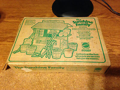 Sunshine Family Farm Produce Stand Complete / Real Pics / Wrongway052