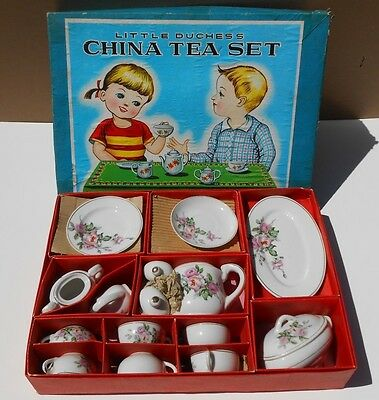 Little Duchess Toy China Tea Set - Rose Pattern - 26 Pieces - Made in Japan - OB