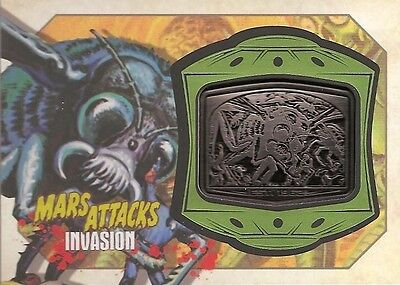 2013 Topps MARS ATTACKS INVASION Medallion Relic card MM-13 THE GIANT FLIES