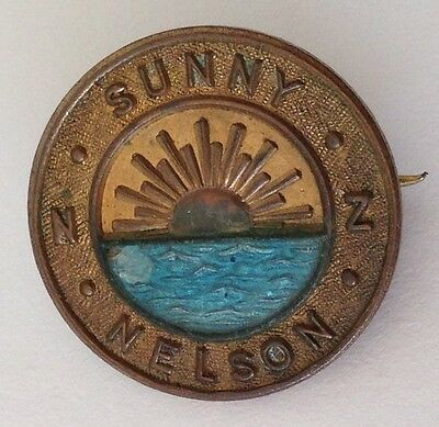 Sunny Nelson Bowling Club Badge Pin New Zealand Rare Vintage (M21)