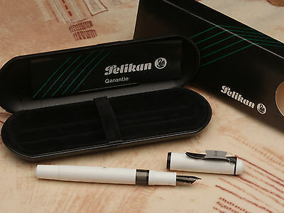 Vintage Pelikan M100 F fountain pen (W Germany) never inked + box / free ship.