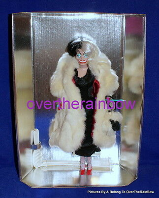 Disney 101 Dalmations Cruella De Vil Villains Doll NEW ON THE CARD NO BOX
