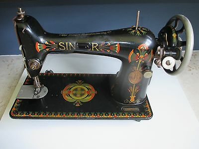 Singer 66K treadle sewing machine with Lotus design decal