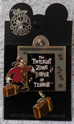 Disney Pin WDW Goofy Tower of Terror Dangle Pin