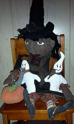 PRIMITIVE Halloween cloth WITCH DOLL Handmade w/PUMPKIN & 2 GHOSTS americana
