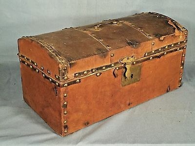 ANTIQUE EARLY AMERICAN 19th CENTURY LEATHER COVERED DOME TOP DOCUMENT BOX