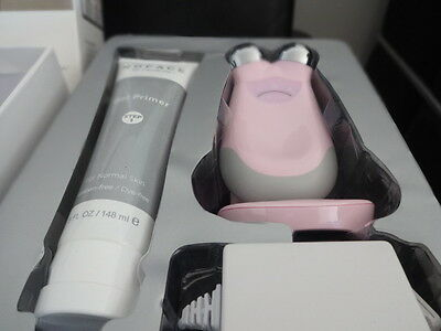 NUFACE Trinity Pro Facial Trainer Pink Limited Edition!  *Look*