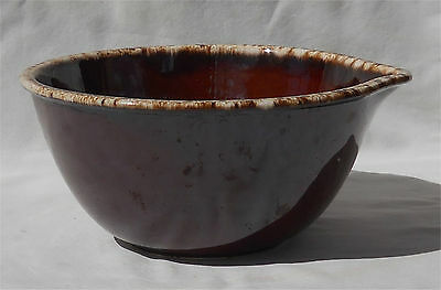 Hull Oven Proof Brown Drip 8 Inch Lip Mixing Bowl With Spout