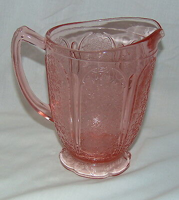 """Jeannette CHERRY BLOSSOM PINK *6 3/4"""" 36 oz SCALLOPED PITCHER*"""