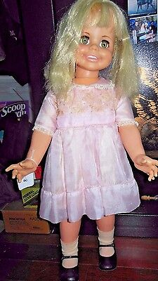 1969 IDEAL BETTY BIG GIRL DOLL, HB-32, Blonde Hair, Blue Eyes missing battery