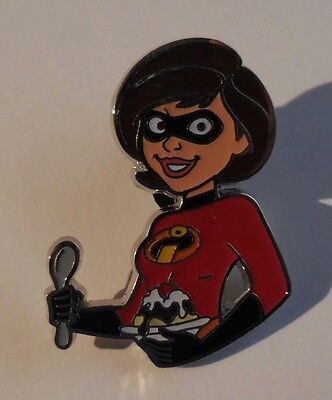 Disney Pin DSSH Pin Traders Delight Mrs. Incredible Helen GWP LE500