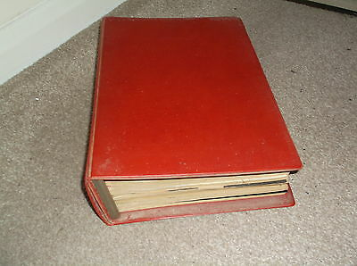 VINTAGE EARLY 1970's AMATEUR PHOTOGRAPHER MAGAZINES IN A/P BINDER