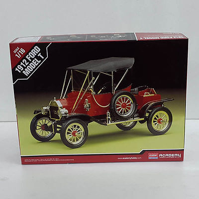 Academy 1912 Ford Model T Classic Car Fine Class 1/16  Plastic Model kit 15100