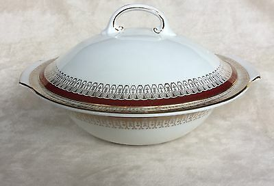 Royal Grafton Majestic Red Two Handled Lidded Vegetable Tureen Very Good Con