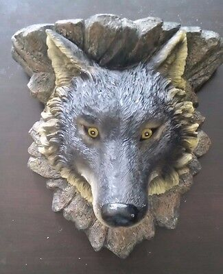 Wolf Wall Plaque, Large *NEW IN BOX*