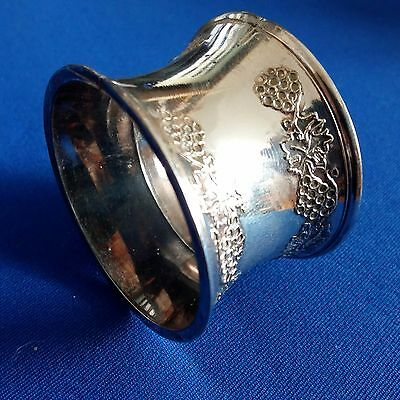 Grenadier Silversmiths 4 Napkin Rings