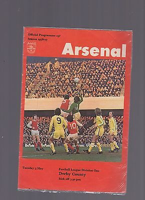 oo Arsenal v Derby county 1976-1977 3rd May Football Programme oo