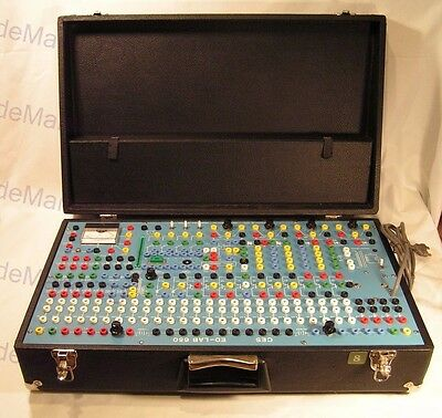 Vintage CES Ed-Lab 650 Electronic Systems Lab portable hard case analog modular