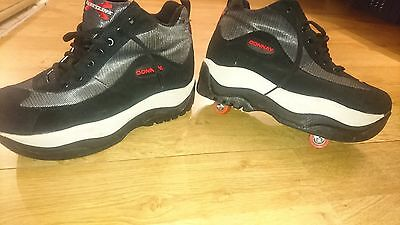 4 wheels retractable roller shoes size 9 in VGC