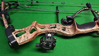 BERSERKER EVOLVE 75 (RTS) Compound Bow   - PRO SERIES Outback Camo