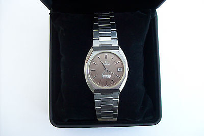 Men's Omega Constellation Chronometer Quartz Date Watch.