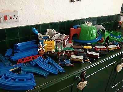 Thomas Trackmaster Bundle, joblot, Hill, bridges, trains , carriages,
