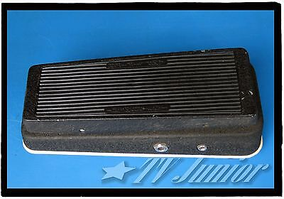 '70s JEN ELECTRONICA CRY BABY SUPER. ORIGINAL SPEC WITH RED FASEL.  WAH PEDAL