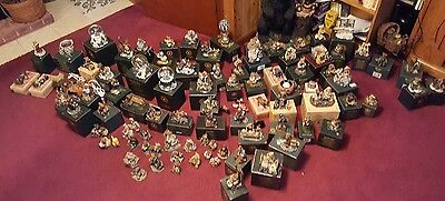 Lot Of 93 Resin Boyd's Bears & Friends excellent condition in boxes 1993 - 2001