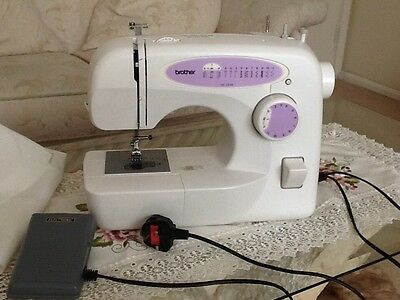BROTHER XL-2230 Small Domestic Sewing Machine W 36cm used fully working