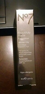 BOOTS No7 Beautifully Matte Foundation Cool Ivory SPF15 Smoothly And Evenly -NEW