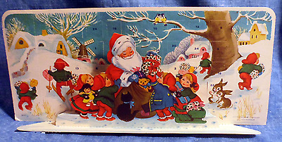 Vintage Denmark Santa Handing Out Christmas Gifts Pop Up ADVENT CARD #6243 A10